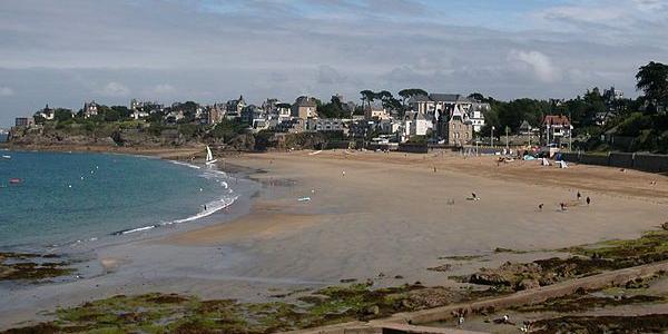 Plage de Dinard en Bretagne