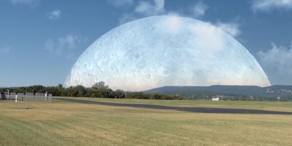 La Lune près de la Terre