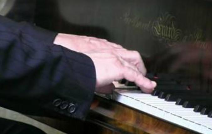 Le piano Erard ayant appartenu à Hector Berlioz et vendu sur Leboncoin.fr
