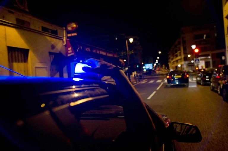 Des policiers de la Brigade Anti Criminalité en patrouille dans la région parisienne