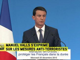 Déchéance de nationalité : une sanction «lourde» et «symbolique» pour Valls