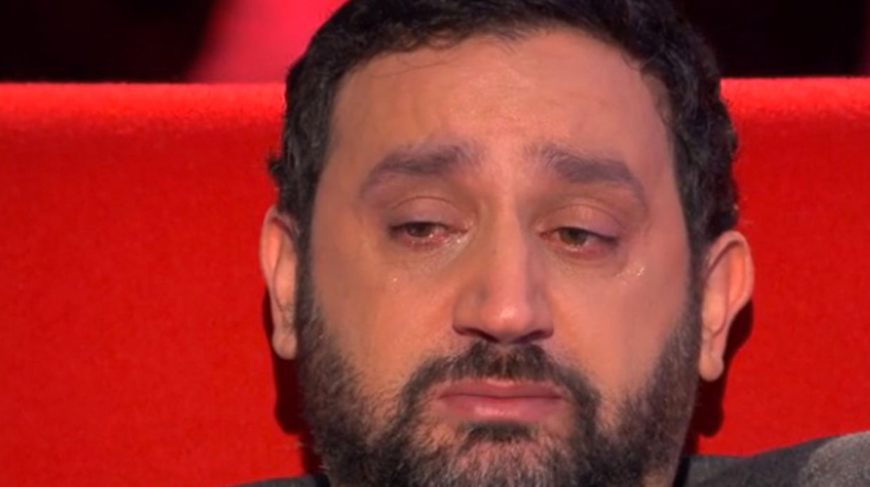 le-divan-cyril-hanouna-en-larmes-en-repensant-a-sa-grand-mere-disparue