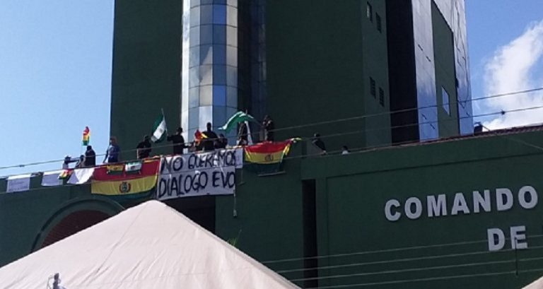bolivia-polizia-ammutinamento-768x409
