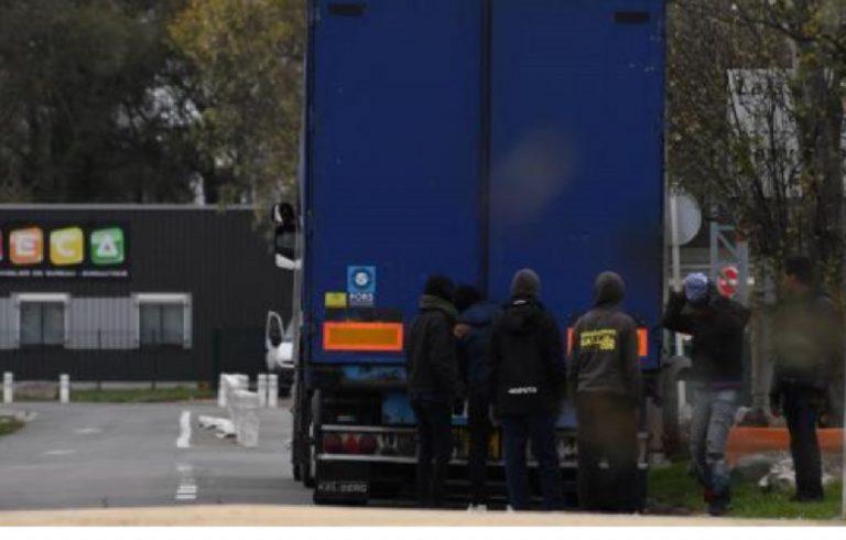 migrants conteneur rotterdam navire royaume uni