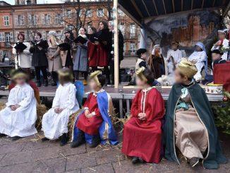 Toulouse crèche vivante antifascistes