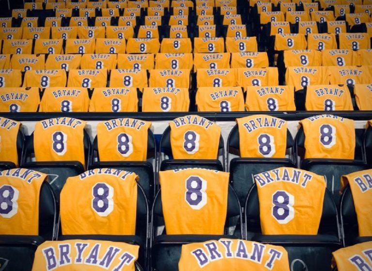 Kobe Bryant hommage Lakers
