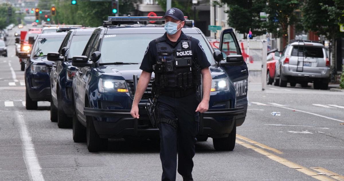Nouvelle fusillade à Seattle: mort un garçon de 16 ans, très grave un autre