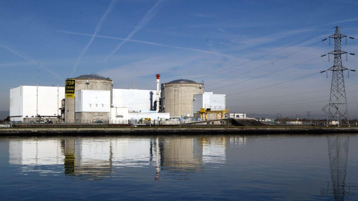 La centrale nucléaire de Fessenheim débranchée du réseau électrique national