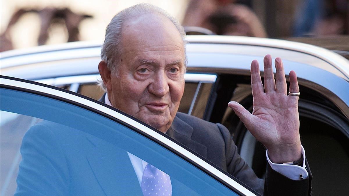 L'ancien roi d'Espagne Juan Carlos quitte le pays