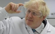 Coronavirus: submergées, l'Angleterre et l'Ecosse se reconfinent totalemen