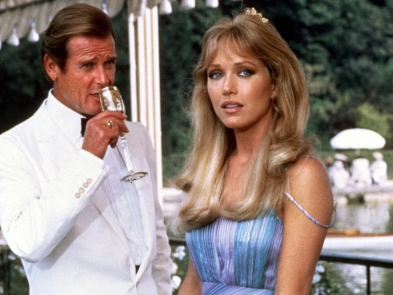 Mort brutale de Tanya Roberts, James Bond girl dans Dangereusement vôtre