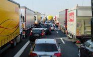 Un camion se couche sur l'A89 : deux personnes blessés