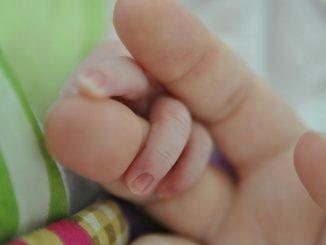 Un bébé nait après une greffe de l'utérus : une première en France