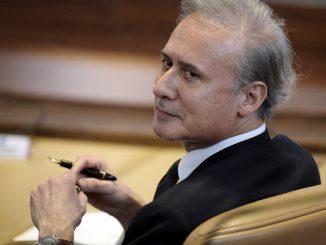 Georges Tron reste en prison pour viol et agressions sexuelles
