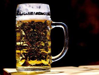 La consommation de bière au Royaume-Uni explose après le confinement : le rationnement des pubs est envisagé