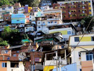 Le Brésil: tragédie lors d'une opération de drogue