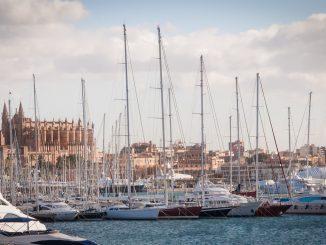 Epidémie de Covid à Majorque, un jeune de 18 ans admis en soins intensifs : les infections atteignent 1 700 personnes