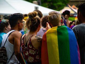 L'agression d'une jeune Hollandaise de 14 ans pourrait être liée aux LGBTQ