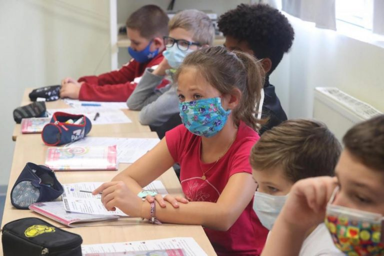 Tests, passe, masques...changements à venir à l'école