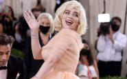 """Billie Eilish déclare avoir perdu 100 000 followers sur Instagram parce que """"les gens ont peur des gros seins"""""""