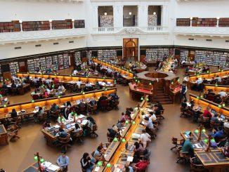 Les bibliothèques universitaires en France doivent suivre les normes