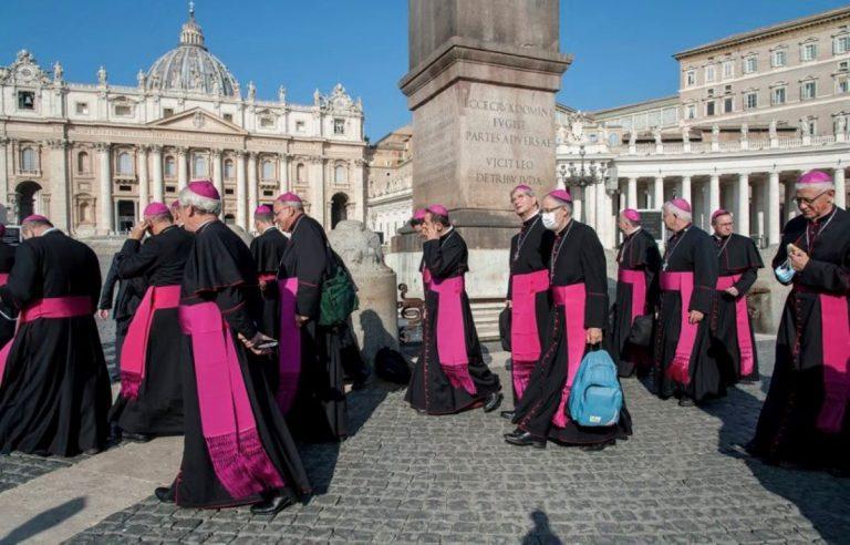 Pédocriminalité dans l'Eglise : Sauvé estime 330 000 victimes