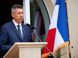 L'ambassadeur de France en Biélorussie, Nicolas de Lacoste