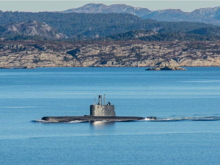Un sous-marin américain fait plusieurs blessés après une collision en mer